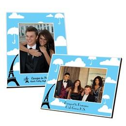 Full-color Frame - Umbellas Over Paris