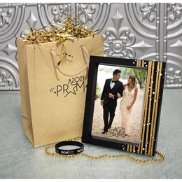 Frame the Moments Prom Swag Bag
