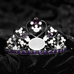 Royale Vintage Tiara