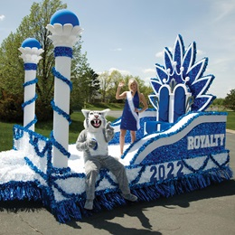 Royalty Reigns Complete Float Theme
