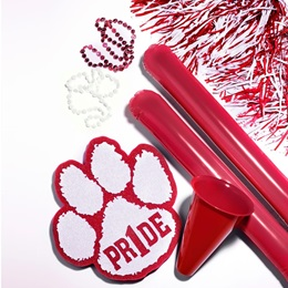 Red/White Deluxe Paw Pride Set