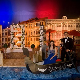Holiday in Venice Complete Theme