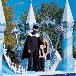 King and Queen Throne Float Kit
