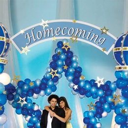 On High Homecoming Sign Kit
